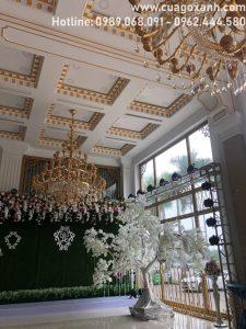 cửa gỗ chịu nước khách sạn Vị Hoàng