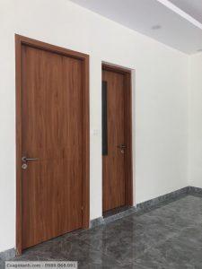 lắp đặt cửa gỗ công nghiệp tại Ecopark