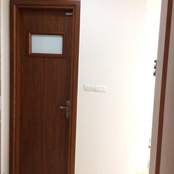 Mẫu cửa ô kính ngắn nằm ngang